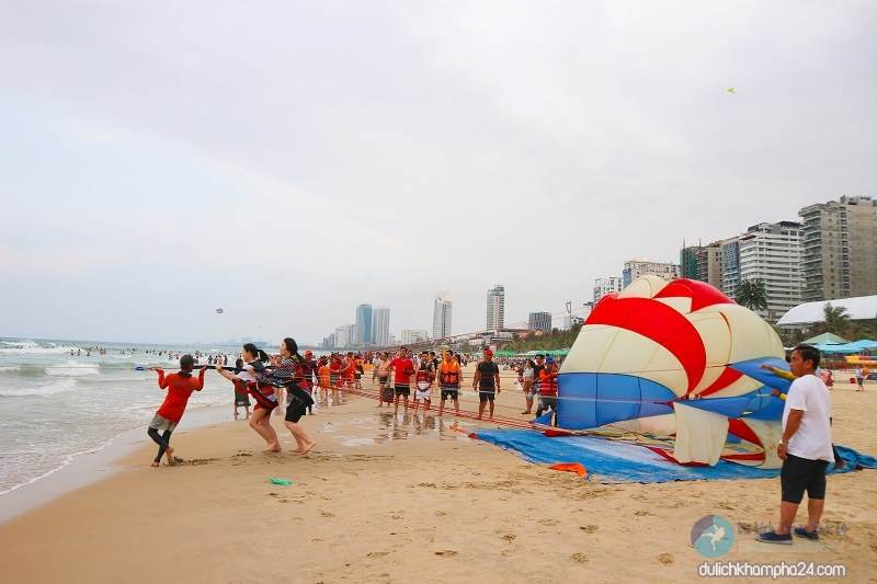 My Khe Beach Da Nang is ranked among the top 6 most attractive beaches on the planet