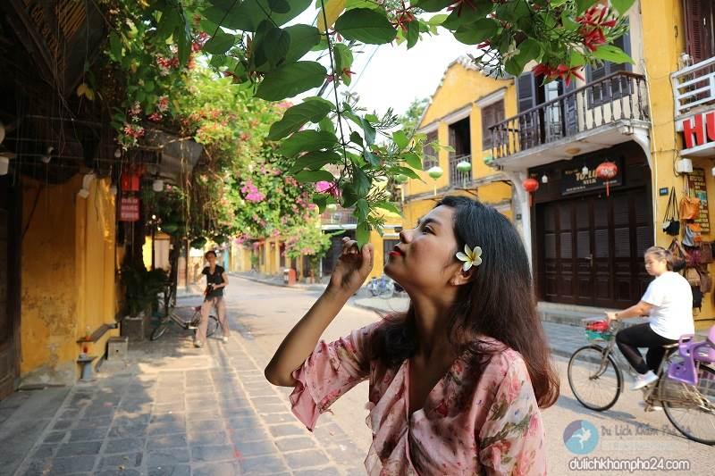 Photos of Hoi An ancient town