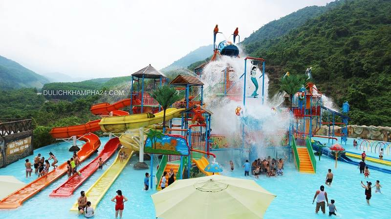Bathing in Than Tai Mountain mineral spring