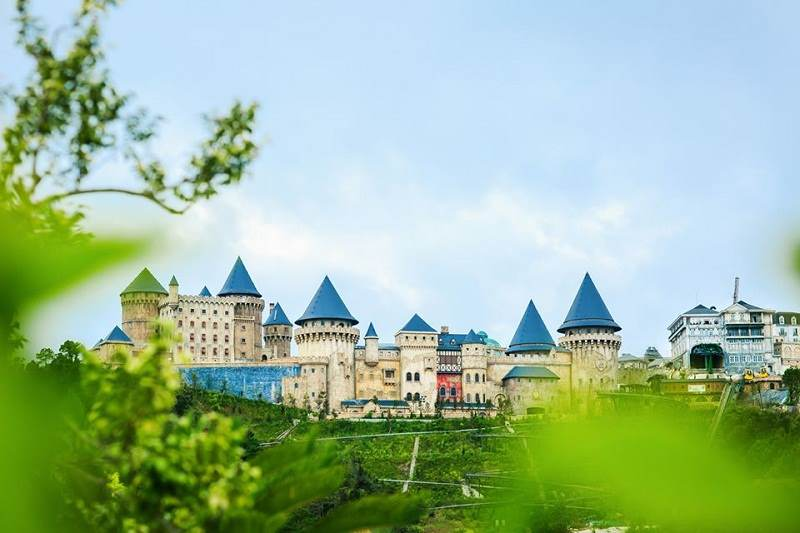 Ba Na Hills is an ideal entertainment complex.