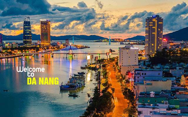 How to get from Danang to Hoi An?