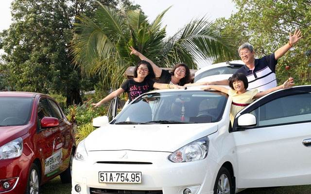 Private car from Hoi An to Hue City
